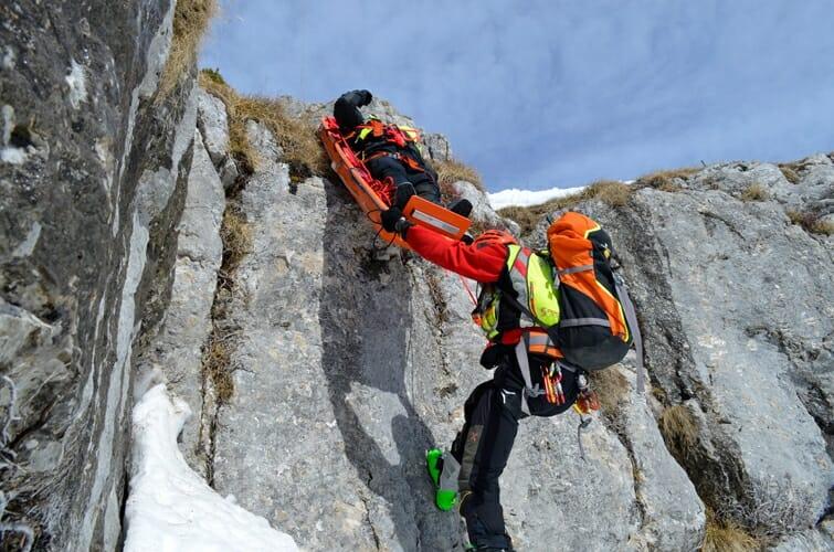 soccorso alpino in montagna