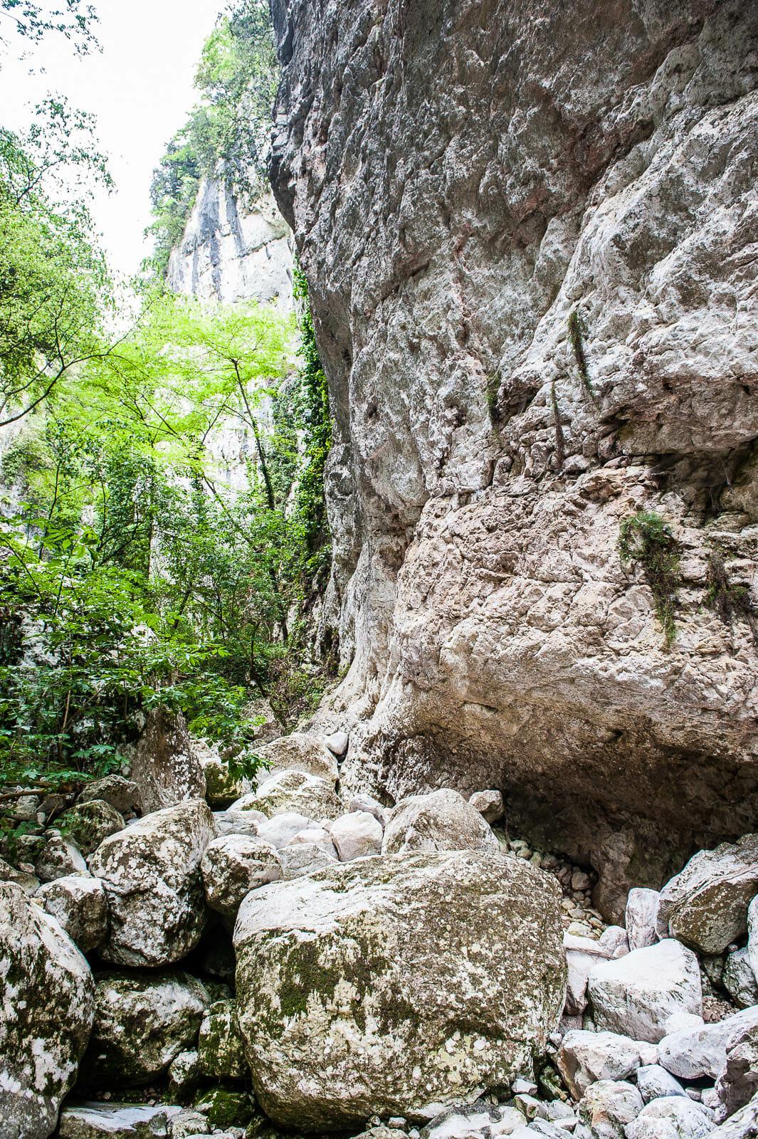 pareti della val torrente balot tacà via