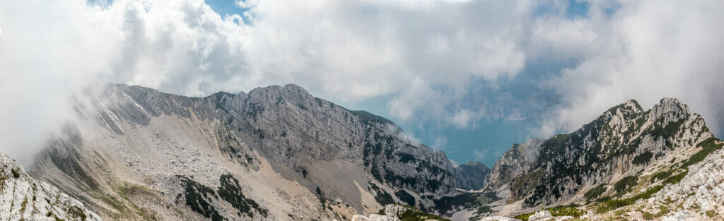 panoramic view from valdritta peak