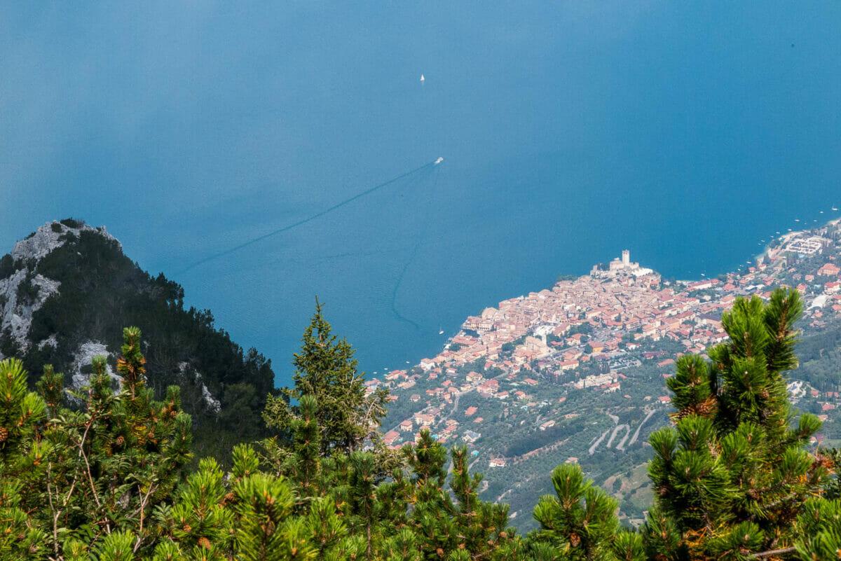 Aussicht: Malcesine und Gardasee