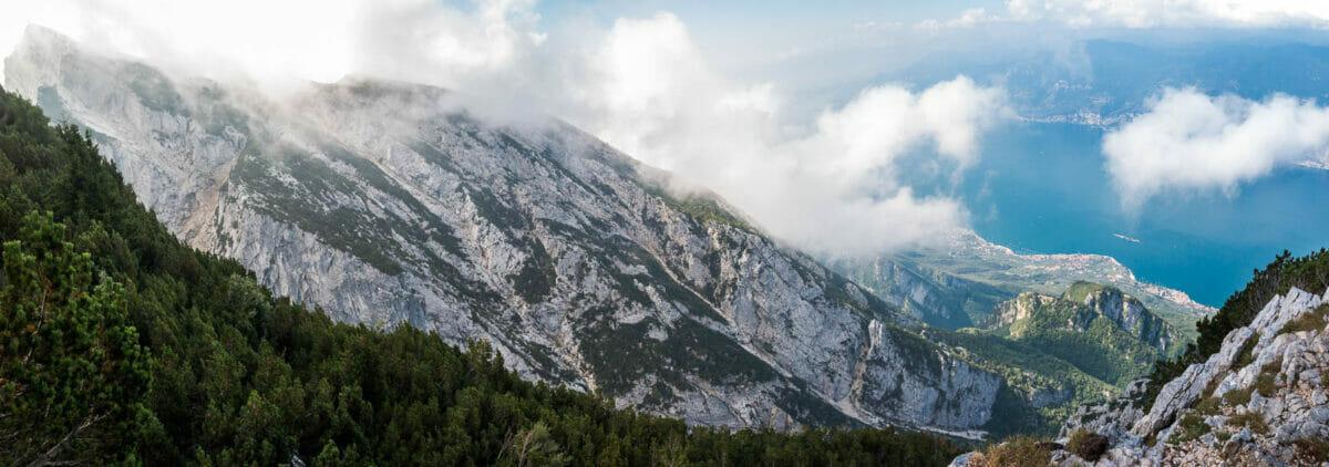 Alpine Ausblick auf dem Monte Baldo