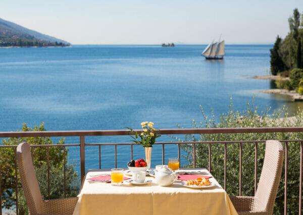 hotel-maximilian-malcesine-lago-di-garda-seeblick
