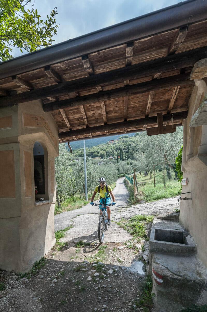 bike route in malcesine along paier