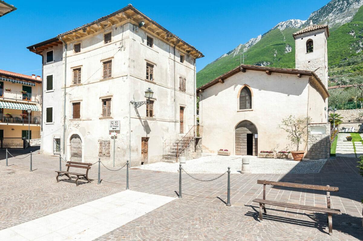 Assenza church: Brenzone sul Garda hamlet