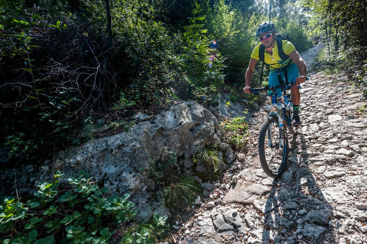 mtb freeride on monte baldo faigo trail 4