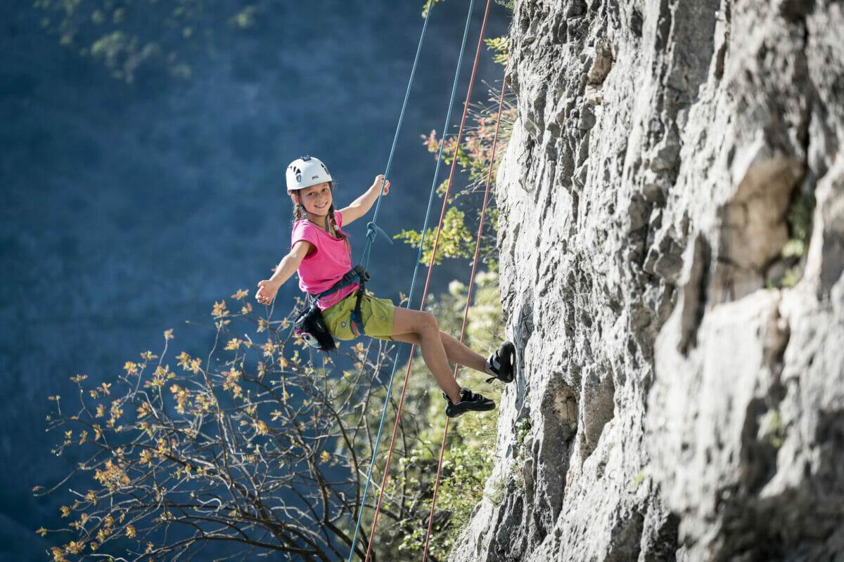 children climbing course