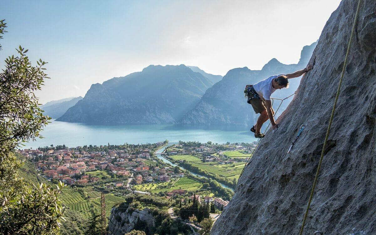 climbing at belvedere crag