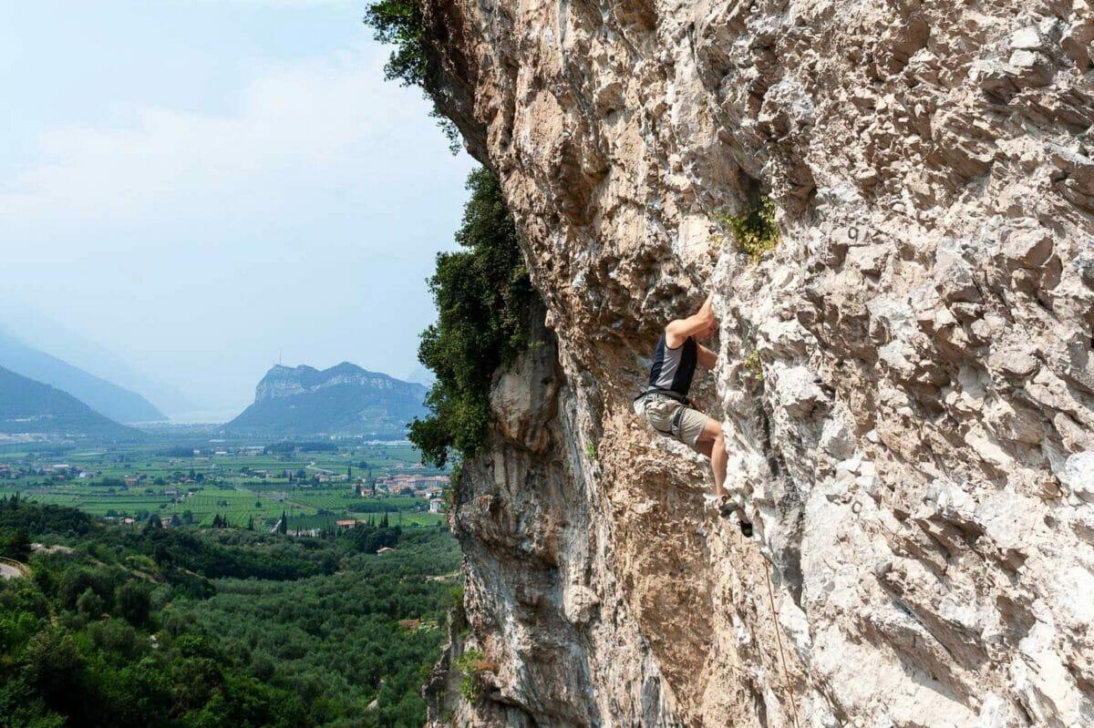 crag of massone