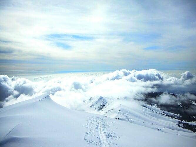 cime costabella con nuvole