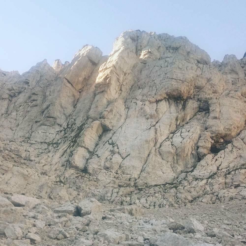 montagna della via alpinistica molinaroli
