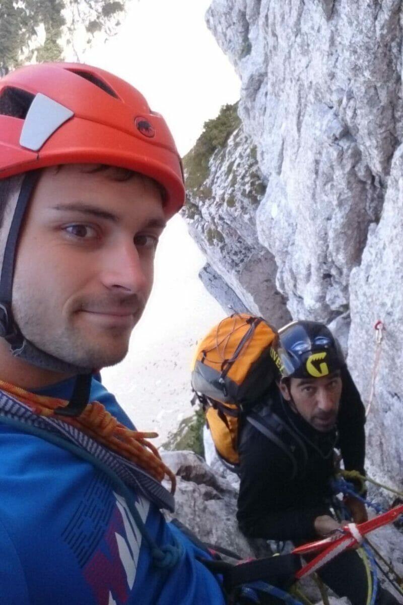 alpinisti sulla via molinaroli