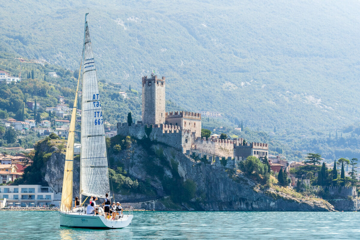 sail boat and malcesine's castle