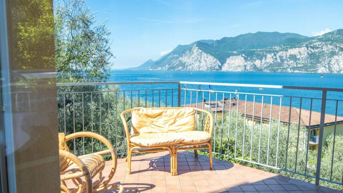 casa marinella terrace with lake view