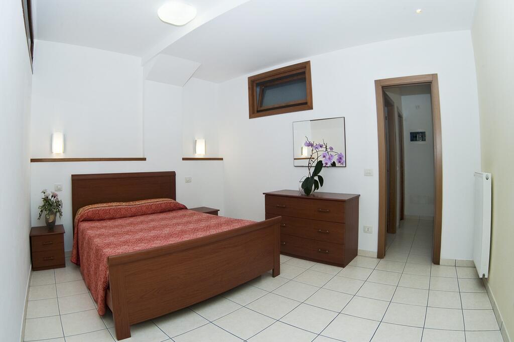 casa facchinetti camera da letto