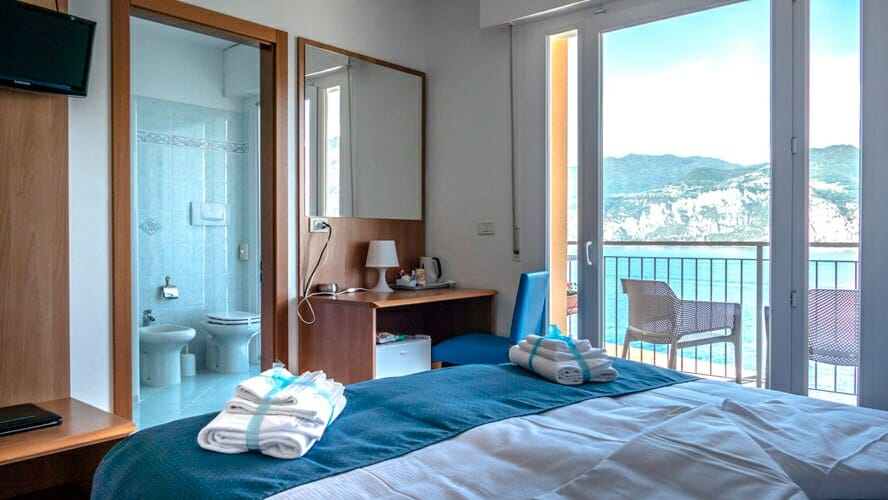 casa marinella doppelzimmer mit balkon