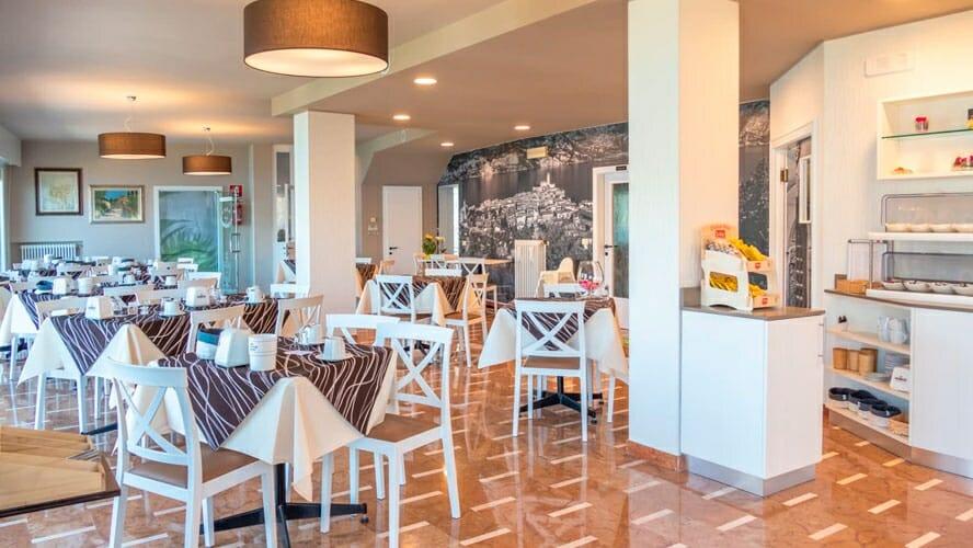 casa marinella frühstücksraum