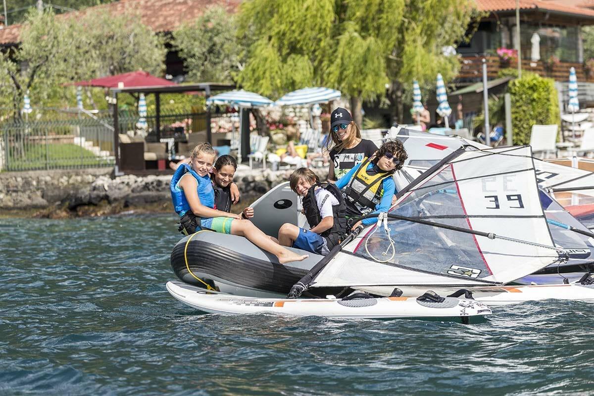 fraglia vela malcesine windsurf kurse für kinder
