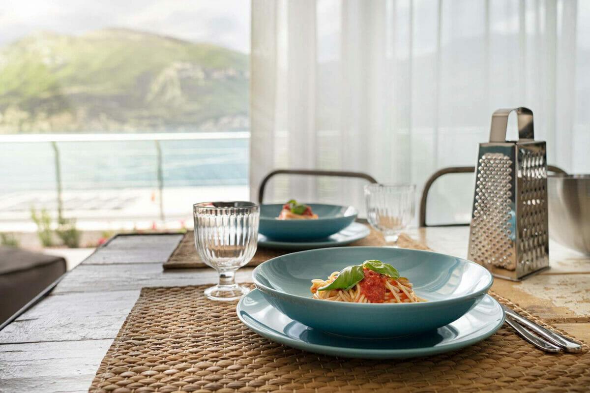 sunset residence spaghetti