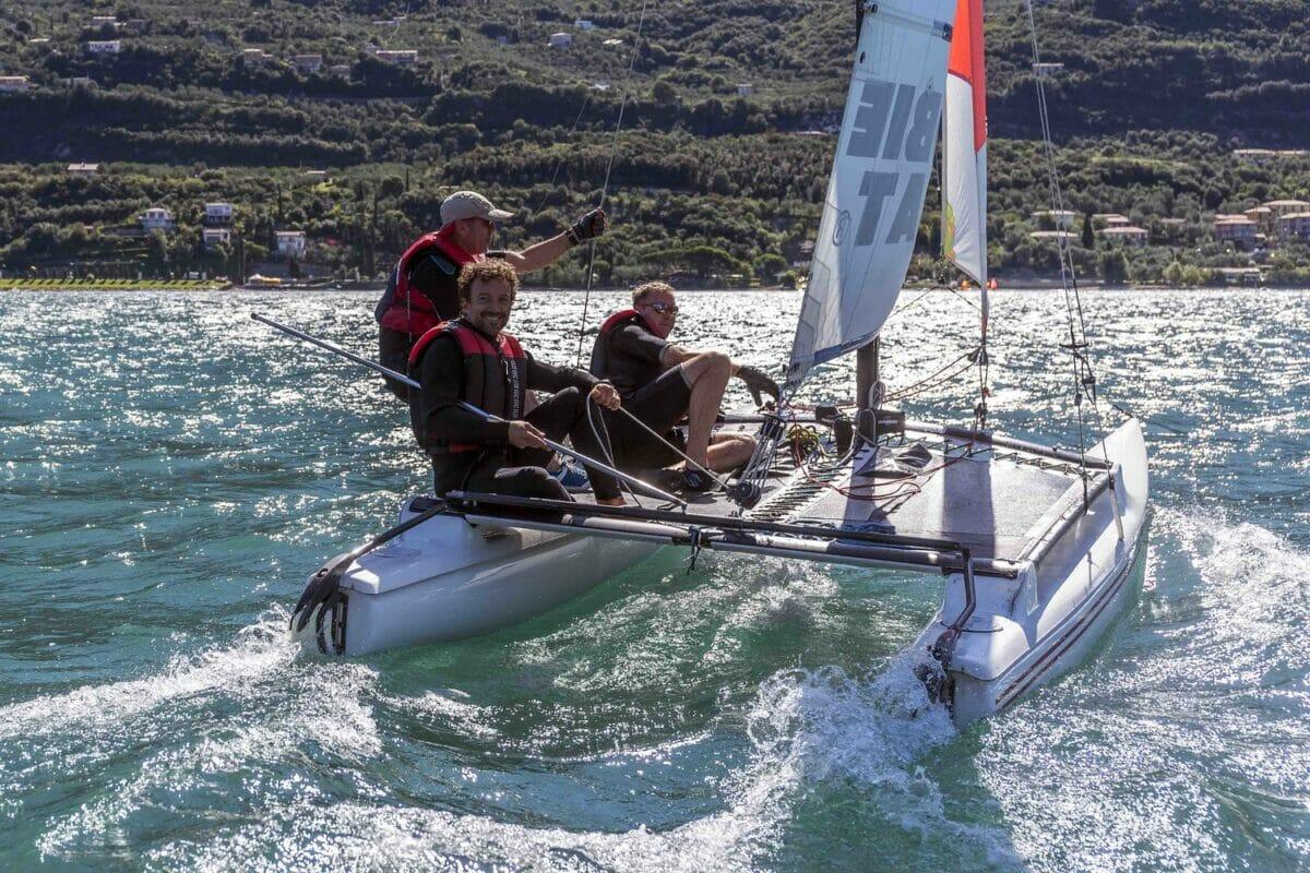 learn how to sail a catamaran