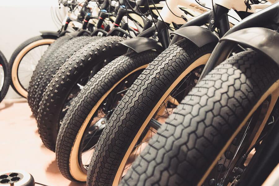 e-bike fantic dettaglio ruote