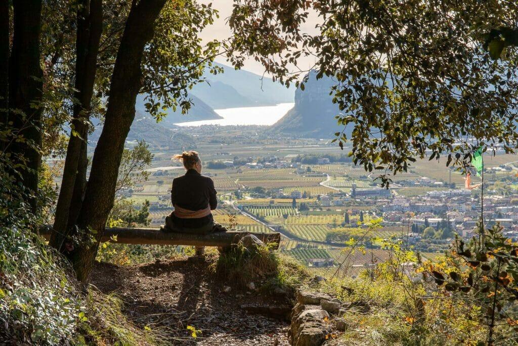 panchina panoramica vista lago